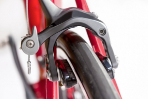 Bremsen: Modell einer Cantilever-Bremse